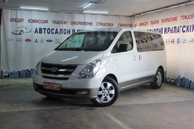 Hyundai Grand Starex, 2011 год, 975 000 руб.