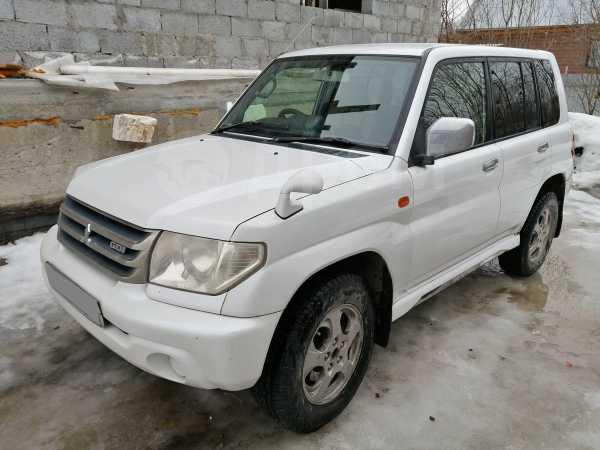 Mitsubishi Pajero iO, 2001 год, 280 000 руб.