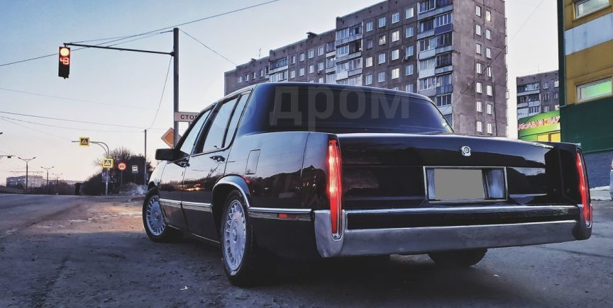 Cadillac DeVille, 1989 год, 750 000 руб.