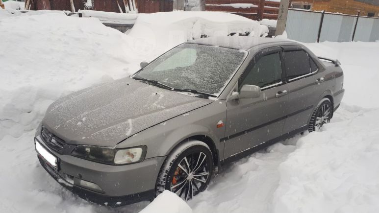 Honda Accord, 1999 год, 275 000 руб.
