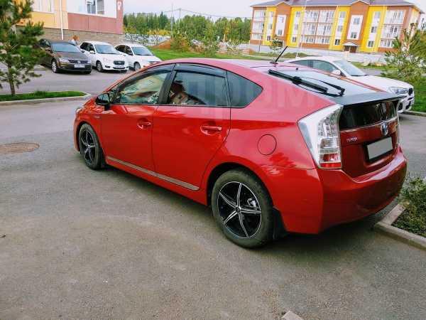 Toyota Prius, 2009 год, 730 000 руб.