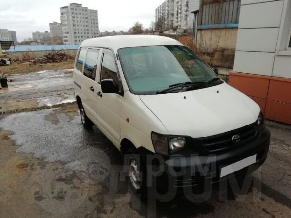 Toyota Town Ace, 2000 год, 275 000 руб.
