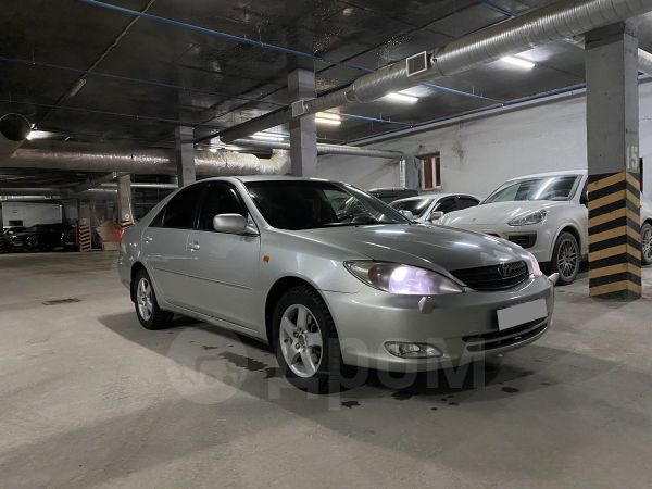 Toyota Camry, 2003 год, 580 000 руб.
