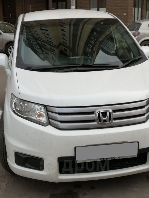 Honda Freed Spike, 2014 год, 840 000 руб.