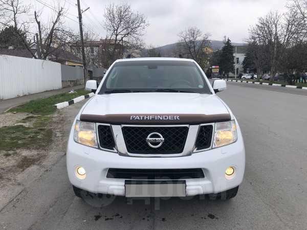 Nissan Pathfinder, 2013 год, 1 200 000 руб.