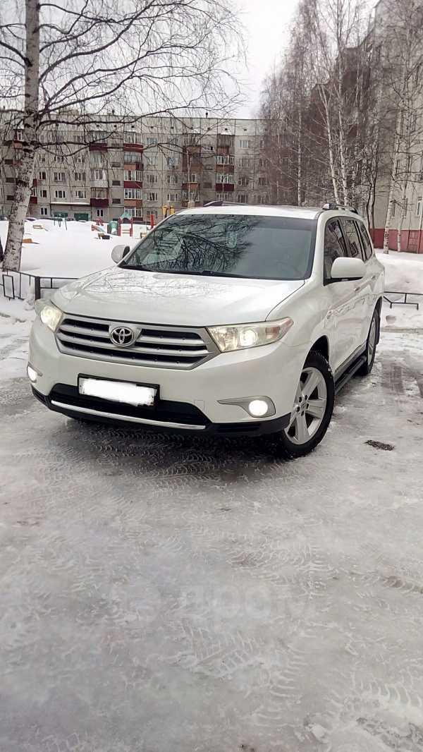 Toyota Highlander, 2011 год, 1 400 000 руб.