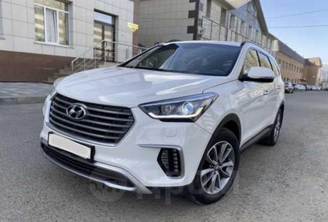 Hyundai Grand Santa Fe, 2016 год, 1 800 000 руб.