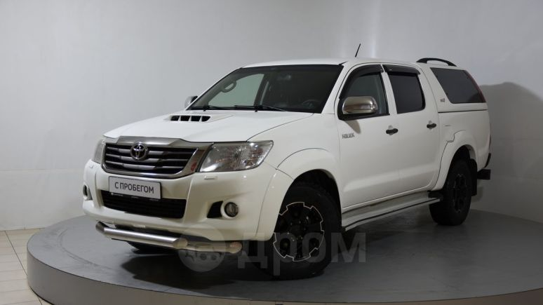 Toyota Hilux Pick Up, 2013 год, 995 000 руб.