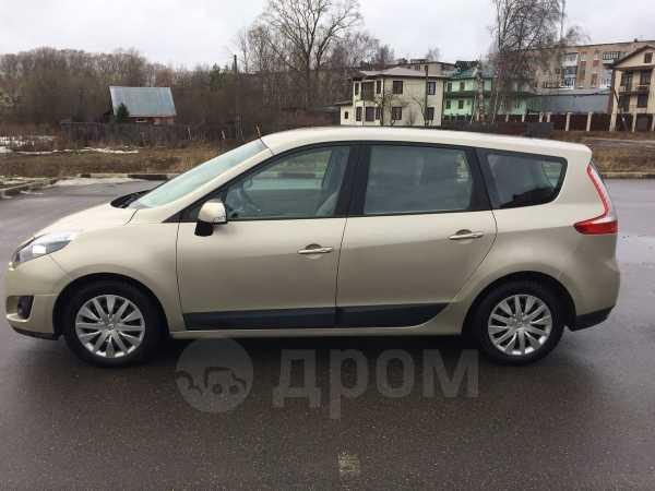 Renault Scenic, 2009 год, 499 000 руб.