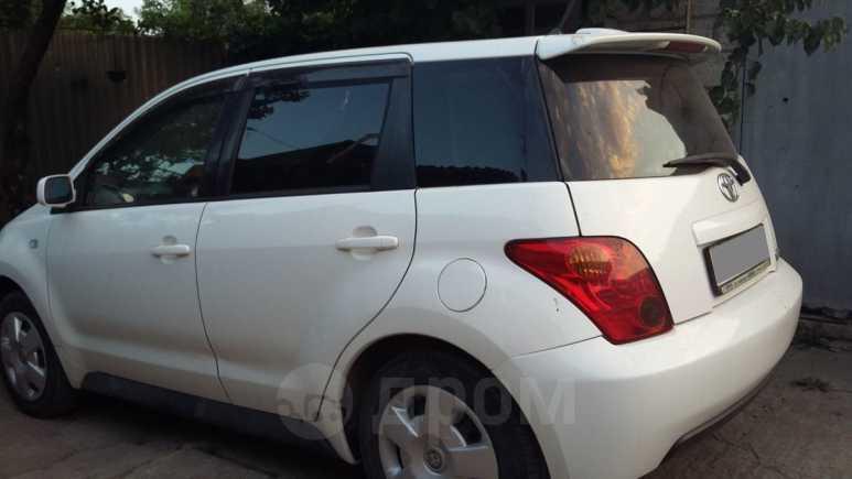 Toyota ist, 2003 год, 285 000 руб.