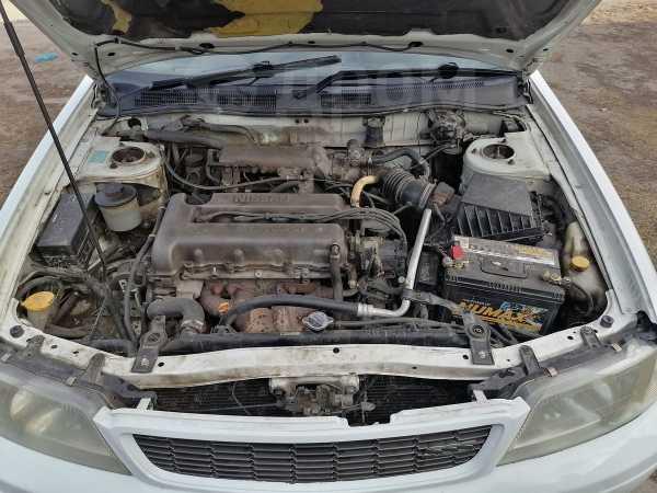 Nissan Bluebird, 1996 год, 170 000 руб.