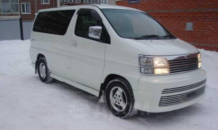 Nissan Elgrand, 2001 год, 570 000 руб.