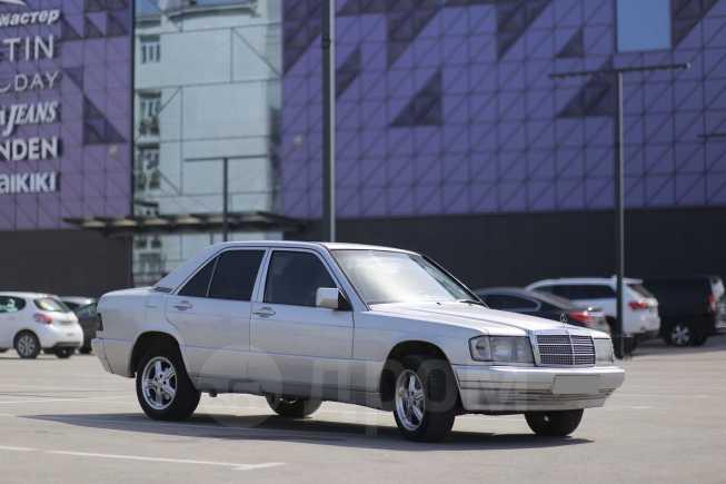 Mercedes-Benz 190, 1986 год, 300 000 руб.