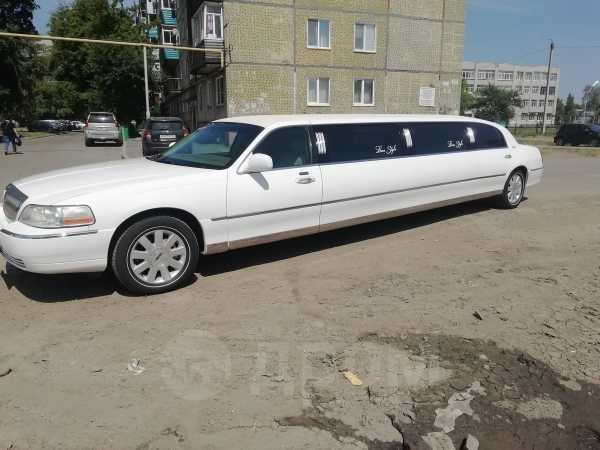 Lincoln Town Car, 2003 год, 700 000 руб.