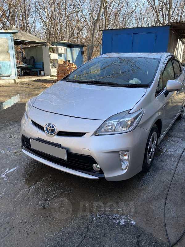 Toyota Prius, 2013 год, 760 000 руб.