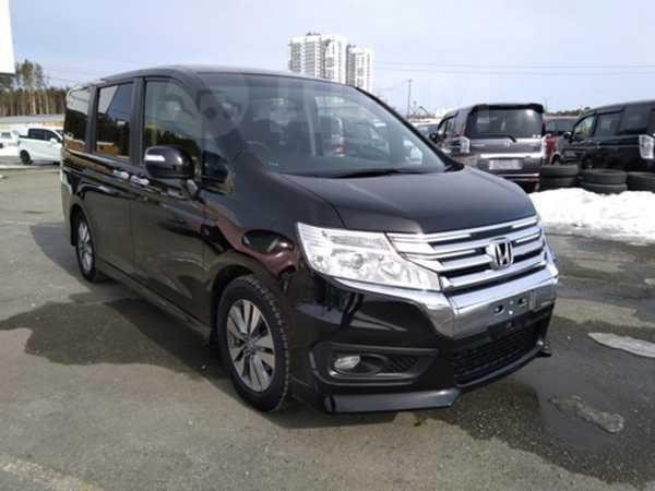 Honda Stepwgn, 2013 год, 1 100 000 руб.