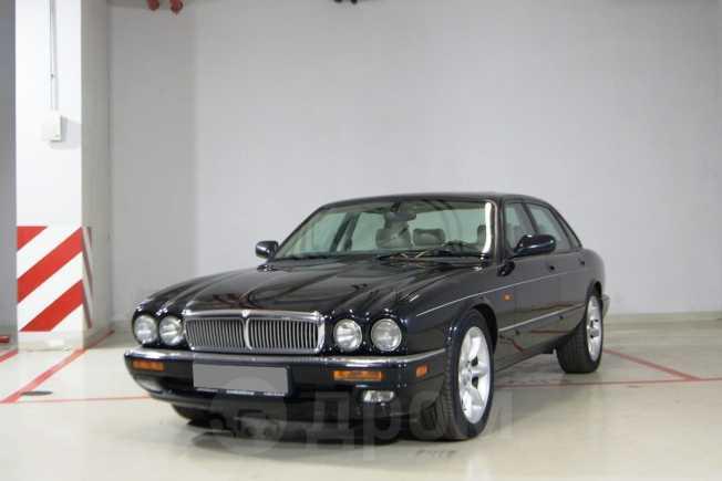 Jaguar XJ, 2000 год, 850 000 руб.