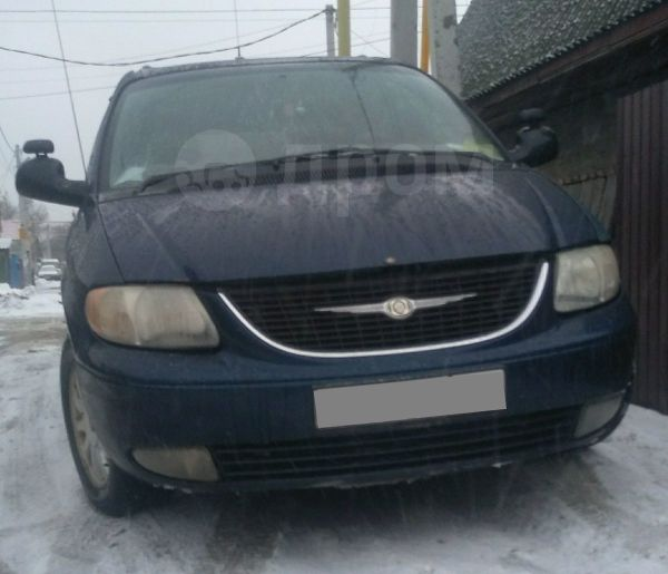 Chrysler Town&Country, 2002 год, 300 000 руб.