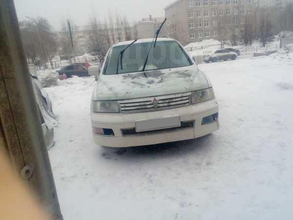 Mitsubishi Chariot Grandis, 1998 год, 169 000 руб.
