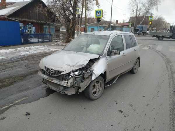 Mazda Demio, 2004 год, 100 000 руб.