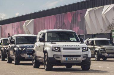Красный Крест получил 160 машин от Jaguar Land Rover