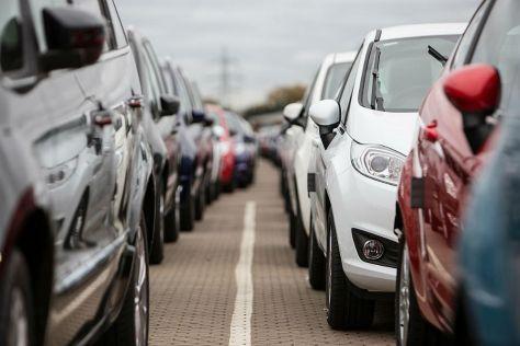 Путин подписал закон об отмене утильсбора для временно ввозимых автомобилей