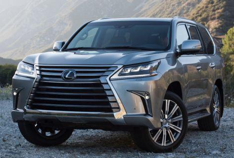 Тойота передала российским медикам 45 автомобилей