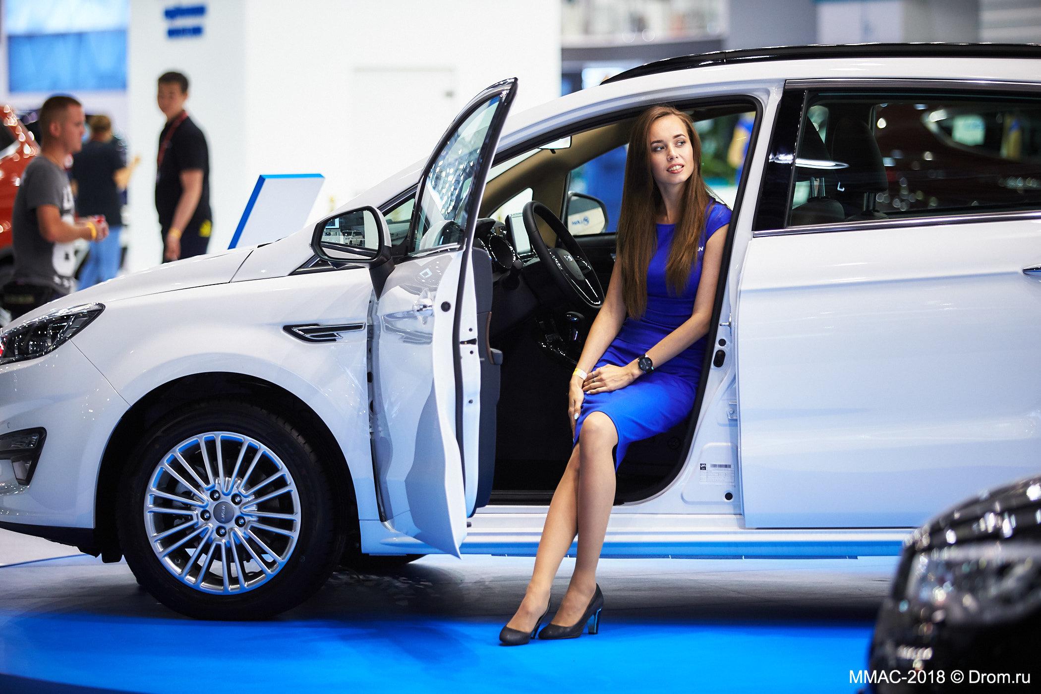 Автосалон в москве в 2020 автосалон москва генсер