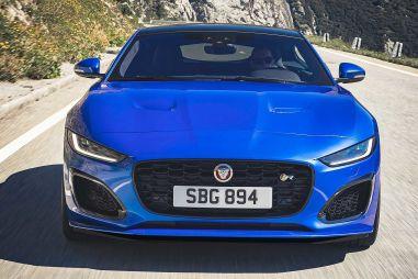 Объявлена цена обновленного Jaguar F-Type в России