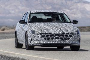 Hyundai Elantra обзаведется спортивной модификацией N Line (ВИДЕО)