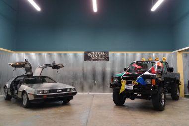 На аукцион выставлены DeLorean и Toyota Xtra Cab SR5 в стиле трилогии «Назад в будущее»