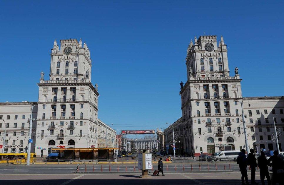 Почти пустой квадрат в Минске, Беларусь