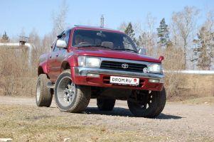 Народное ретро. Toyota Hilux Pick Up LN107 1992 года. С комфортом по бездорожью!