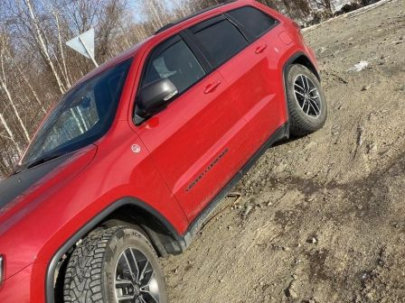 Jeep Grand Cherokee 2017 - отзыв владельца