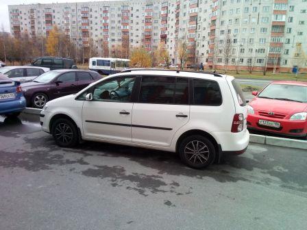 Volkswagen Touran 2008 - отзыв владельца
