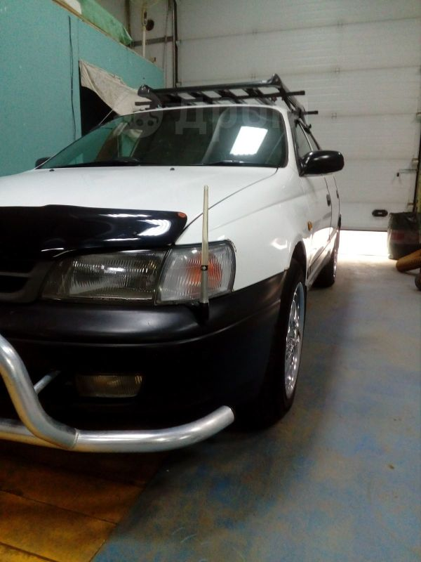 Toyota Caldina, 2001 год, 299 999 руб.