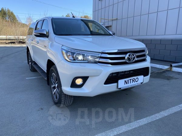 Toyota Hilux Pick Up, 2016 год, 2 049 000 руб.