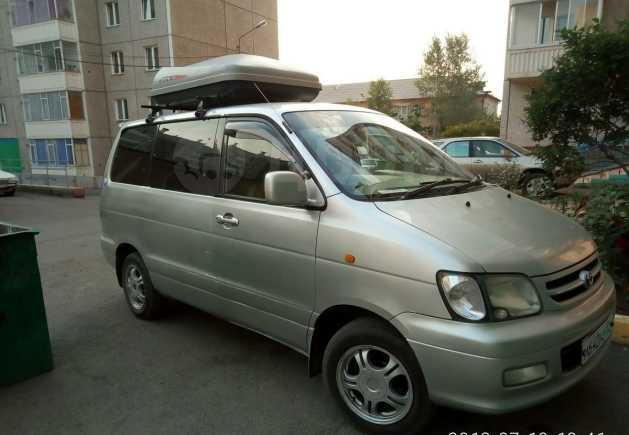 Toyota Town Ace Noah, 1999 год, 369 000 руб.