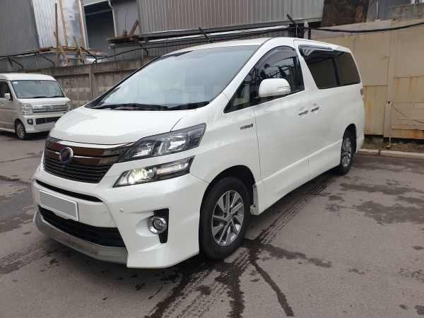 Toyota Vellfire, 2014 год, 1 949 000 руб.