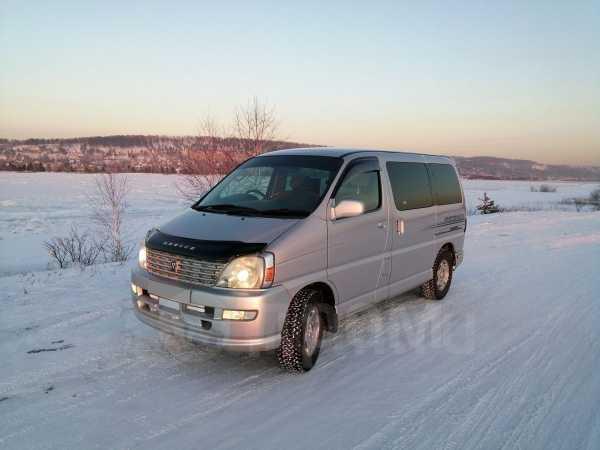 Toyota Regius, 2001 год, 299 000 руб.
