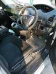 Nissan Serena, 2013 год, 880 000 руб.