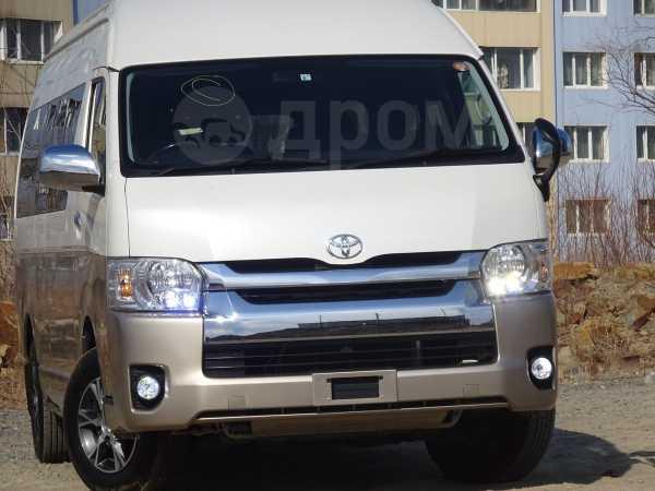 Toyota Hiace, 2015 год, 2 550 000 руб.