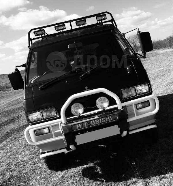 Mitsubishi Delica, 1990 год, 350 000 руб.