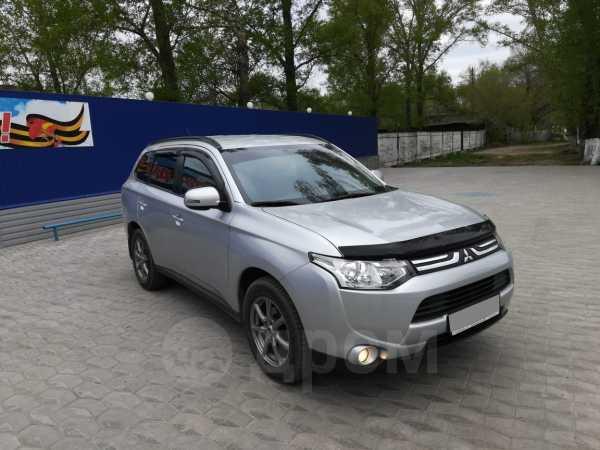 Mitsubishi Outlander, 2014 год, 1 045 000 руб.