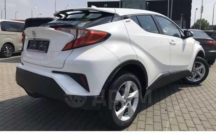 Toyota C-HR, 2018 год, 1 560 000 руб.