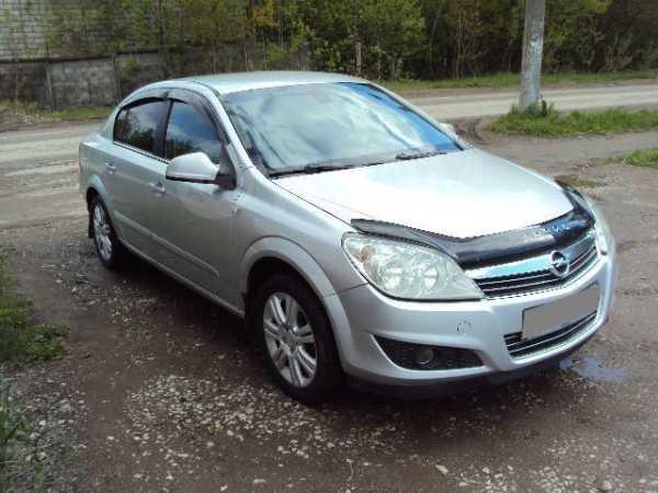 Opel Astra Family, 2011 год, 379 000 руб.
