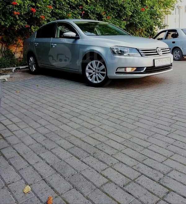 Volkswagen Passat, 2011 год, 560 000 руб.