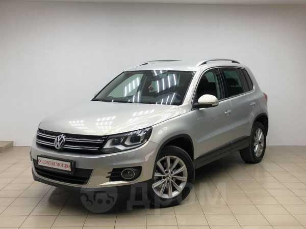 Volkswagen Tiguan, 2013 год, 807 000 руб.