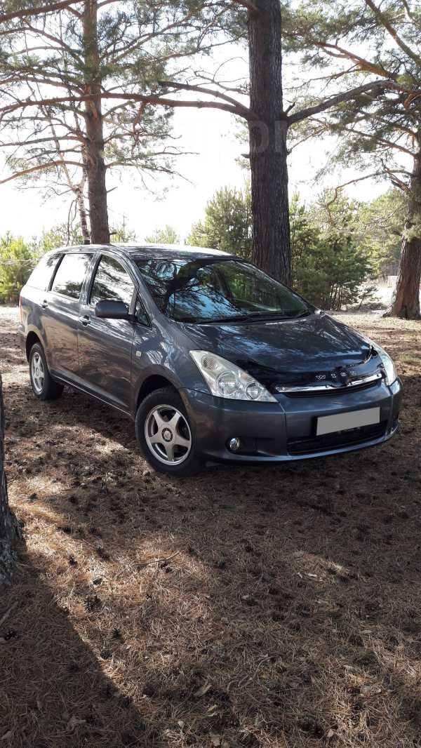 Toyota Wish, 2003 год, 519 000 руб.
