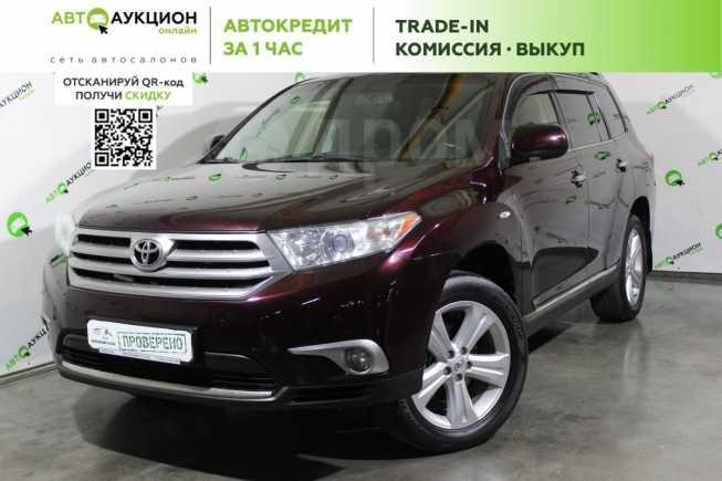 Toyota Highlander, 2012 год, 1 260 000 руб.